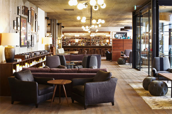 Hoxton-Holborn-lobby